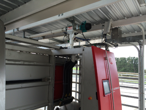 Cemtral Silo Systems Dairy Robotic Milk System